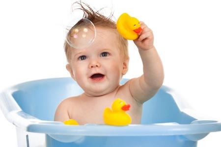 Купание малыша с травами купание малыша с травами