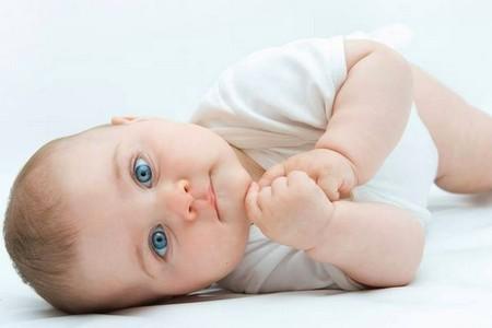 Развитие слуха у новорожденного развитие слуха у новорожденного