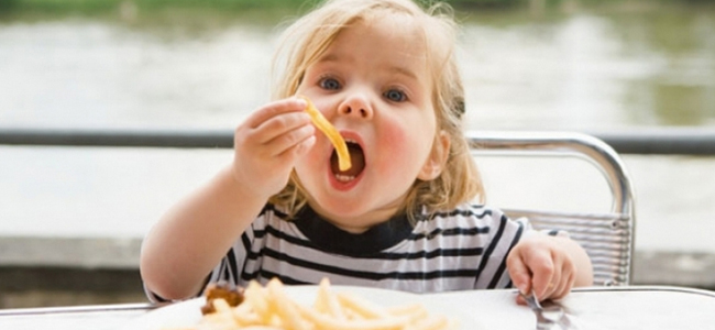 Как избежать лишнего веса малыша