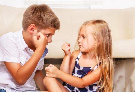 Семья - как избежать конфликтов между детьми: старший и младший ребенок как избежать конфликтов между детьми
