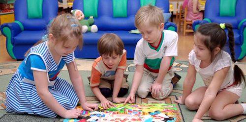 Дети-погодки: как их воспитывать?