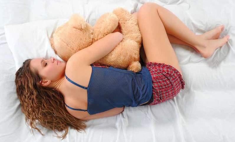 поза человека во сне поза человека во сне