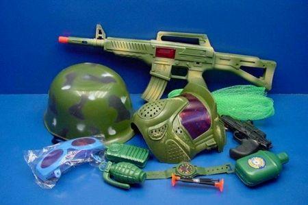 Нужны ли нашим детям военные игрушки военные игрушки