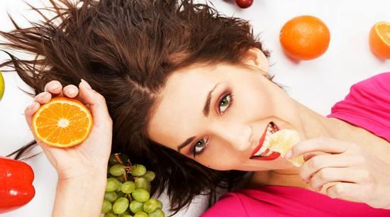 В наше время витамины для волос требуются каждой женщине