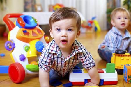 Итак, отдавать ли ребёнка в детский сад отдавать ли ребёнка в детский сад