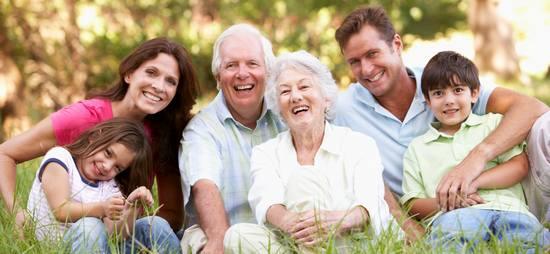 Многие ли из нас отмечают народный праздник День семьи, любви и верности?