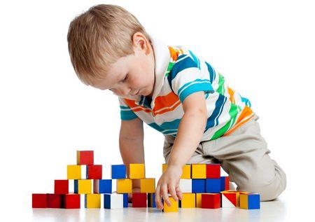 От 1 года до 3 лет какие игрушки вредны для ребенка