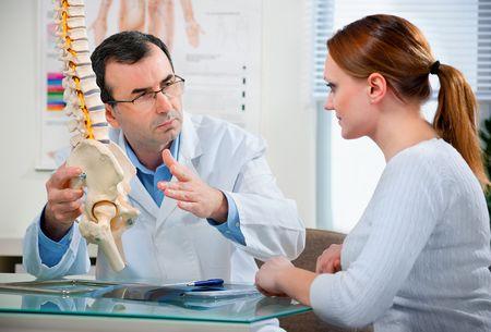 Каковы симптомы остеопороза и что такое остеопороз?  что такое остеопороз