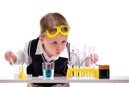 наборов юных ученых какие игрушки вредны для ребенка