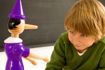 Почему дети лгут и как воспитать ребёнка честным? как воспитать ребенка
