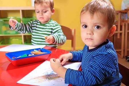 Что делать, если ребенок не умеет играть с детьми ребенок не умеет играть с другими детьми