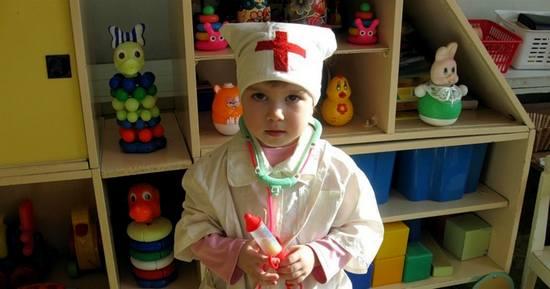 Идем в детскую поликлинику или дяди и тёти в белых халатах