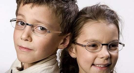 Школьная близорукость или ребенок-очкарик