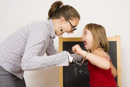 Если воспитатель бьет детей воспитатель бьет детей