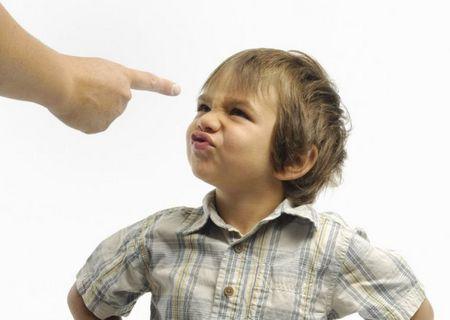 Если ребенок ругается матом: как реагировать если ребенок ругается матом