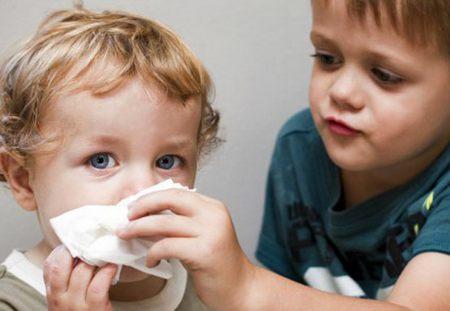 Как научить ребенка правильно сморкаться как научить ребенка правильно сморкаться