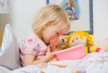 Рвота у ребенка - как помочь рвота у ребенка