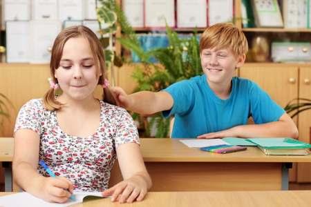 Первая школьная любовь: сложности первая школьная любовь