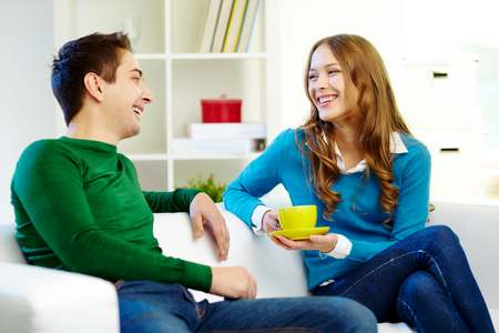 Круг общения девочки-подростка: молодые люди круг общения