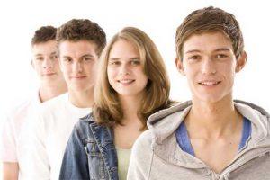 Любовь в подростковом возрасте в виртуале и телевизоре