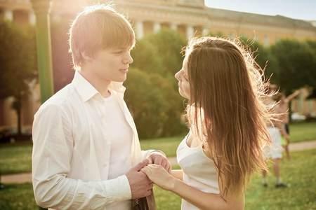 Волнующая тема - первая настоящая любовь первая настоящая любовь