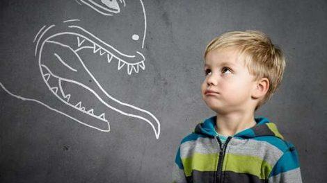 Детские страхи - как бороться со страхами у детей раннего возраста?