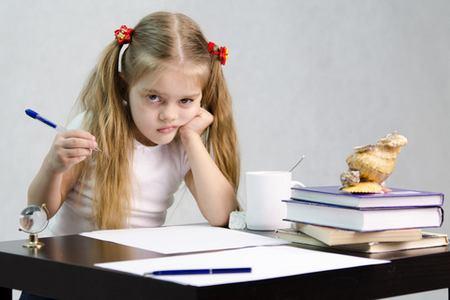 Статья о том, как научить ребенка писать каллиграфическим почерком