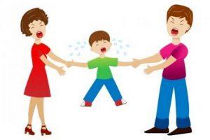 Ребенок в магазине закатывает истерики или мама, ну купи