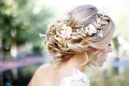 Красивые свадебные прически свадебные прически с фатой и диадемой