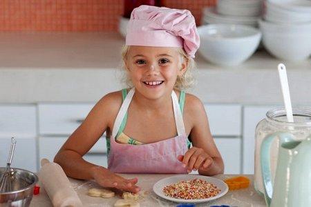 Домашние обязанности девочки: идём на кухню домашние обязанности девочки