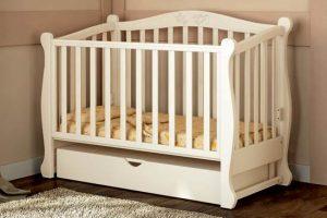 Нужны ли коляска и кроватка новорожденному ребенку