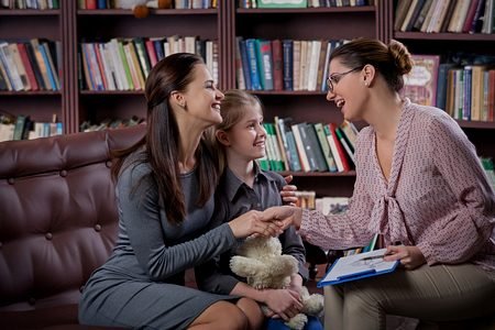 Диалог ребёнка с психологом идем к психологу