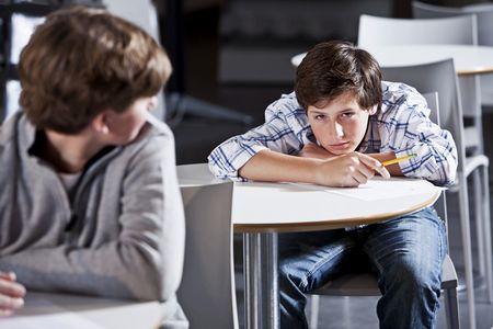 Проблема взаимоотношений подростков - заступничество родителей проблема взаимоотношений подростков