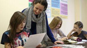 Нужно ли требовать от своих детей хорошие оценки в школе?