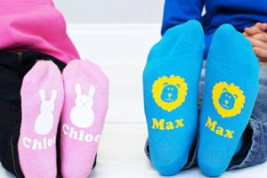 Нужно ли летом одевать ребенку носки?