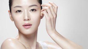 Коррекция недостатков кожи при помощи декоративной косметики