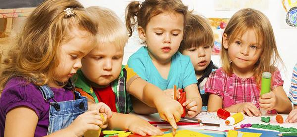 Что умеет ребенок в возрасте 2 года 10 месяцев Что умеет ребенок в возрасте 2 года 10 месяцев